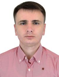 Юрій Козаріз